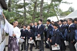 http://www.sundaigakuen.ac.jp/news/upload_images/%E5%87%BA%E9%9B%B2%E5%A4%A7%E7%A4%BE.jpg