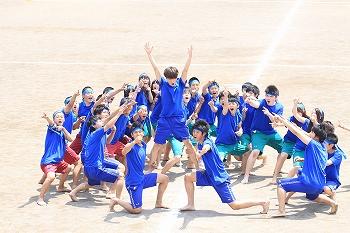 http://www.sundaigakuen.ac.jp/school_life/upload_images/s_pe_festival02.jpg